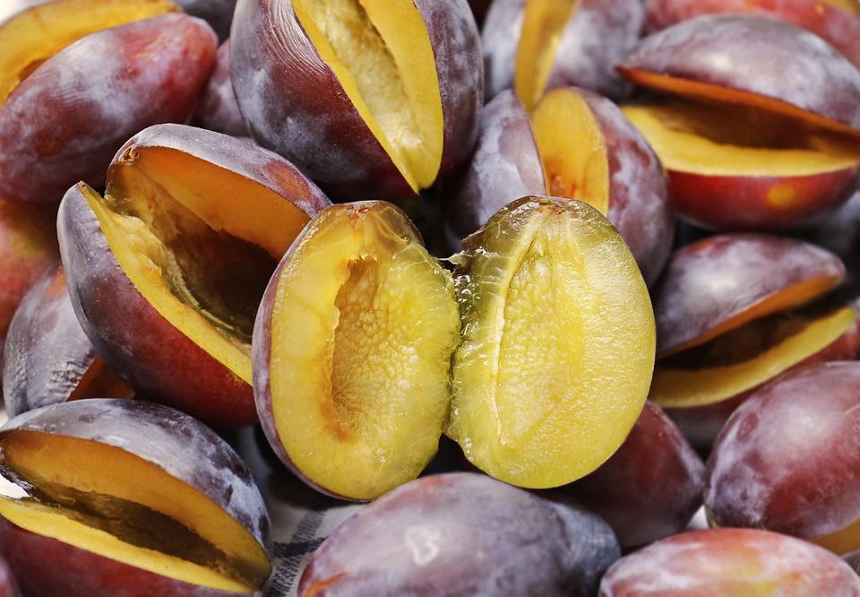 Susine, Prugne, La Metà Della Frutta, Frutta, Maturo