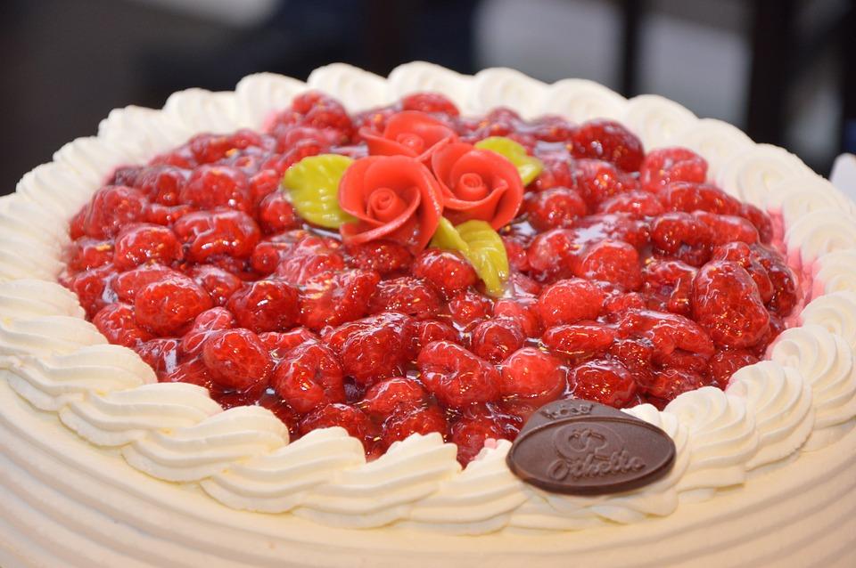 イチゴのケーキ, ケーキ, おいしい, 食品, クリーム, 誕生日, デザート, 甘い, 苺