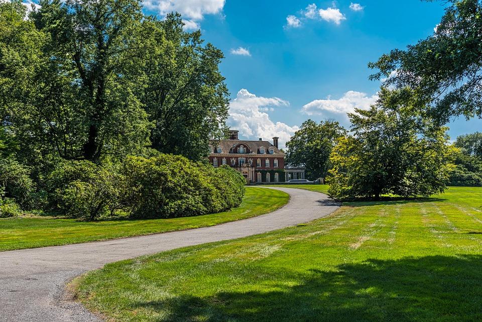 mansion long driveway estate free photo on pixabay