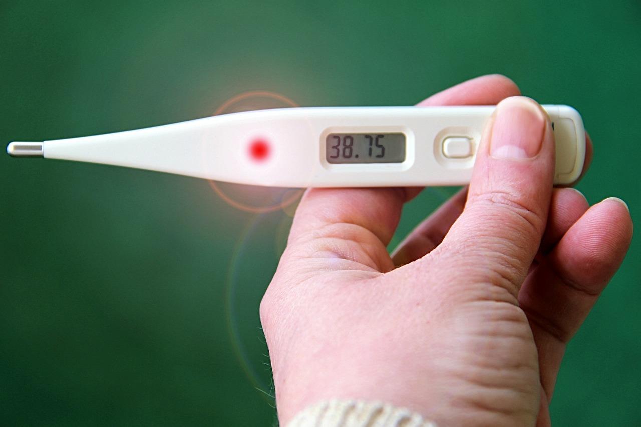 لماذا نصاب بالحمى؟
