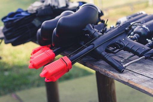 Нетания: любителям пейнтбола предложили стрелять в арабов и ортодоксов