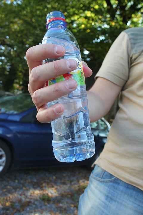 Plastik-Flasche