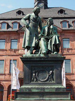 Brothers Grimm, Statue, Monument, S-Ms