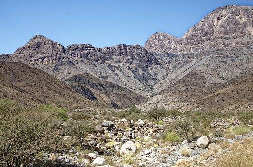 Oman, Region Ad-Dachiliyya, Landscape