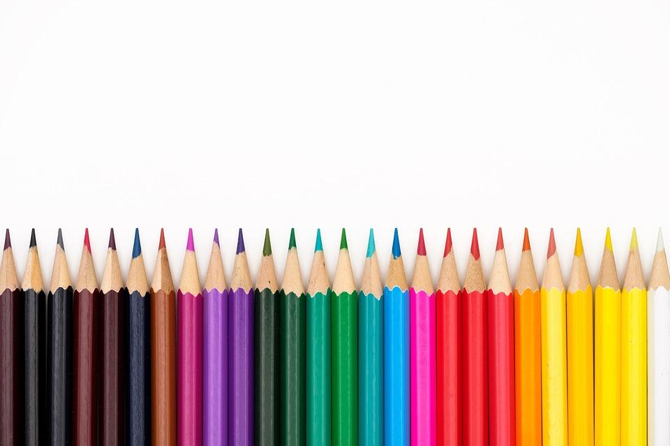 Pencil And In Color Camo Clipart: Lápices De Colores Plumas · Foto Gratis En Pixabay