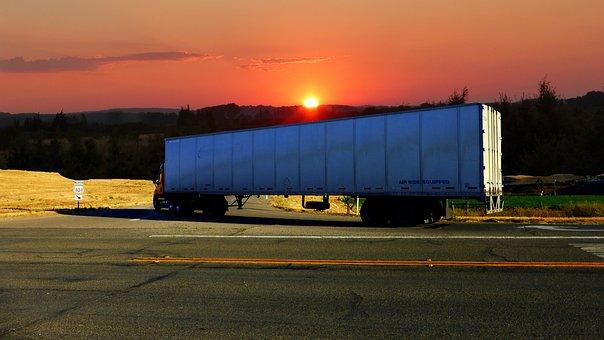 Puesta De Sol, Camión Americano