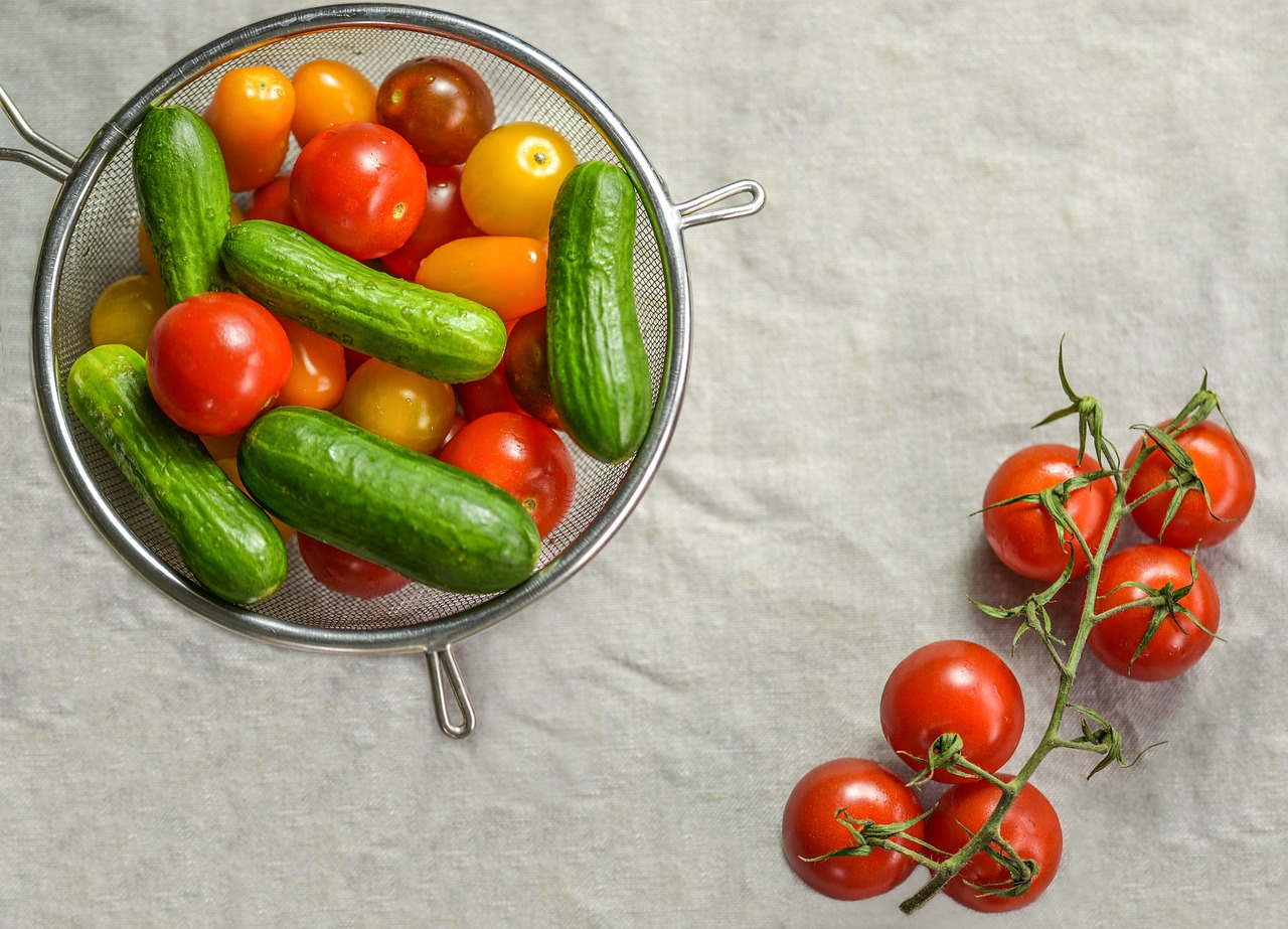 Cherry Tomato Salad for Sandwich Meals