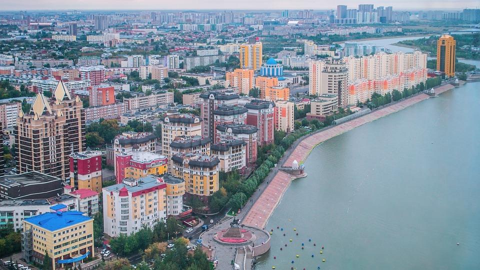 325300d8978ce Astana Kazachstan Vľavo Pobreží - Fotografia zdarma na Pixabay