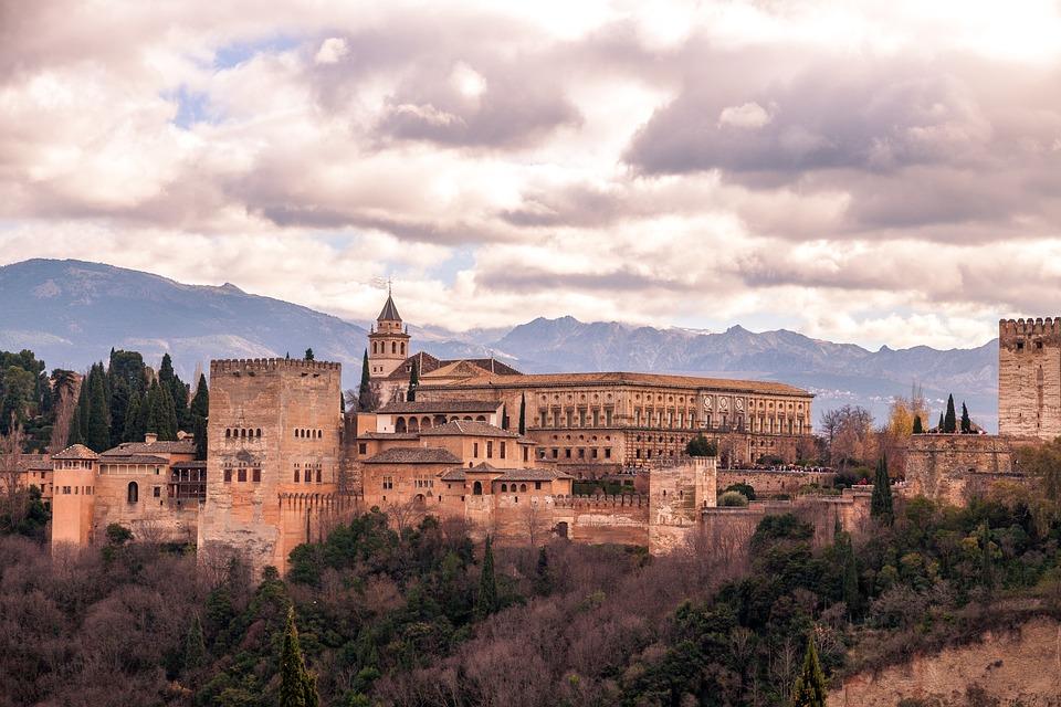 Lugares Patrimonio de la Humanidad en España, ALHAMBRA, GENERALIFE Y ALBAICÍN DE GRANADA