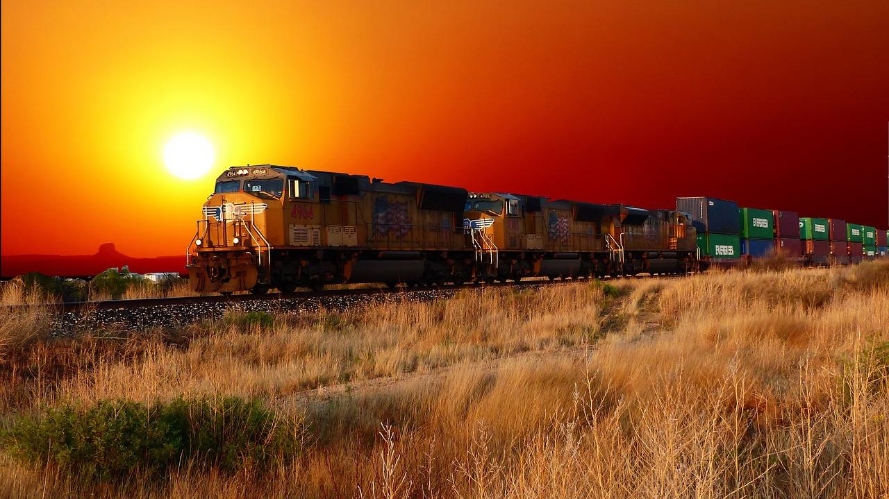 картинки поезда на закате промке