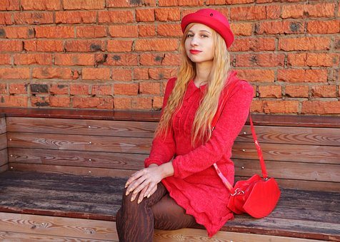 The Woman In Red, Lady In Red