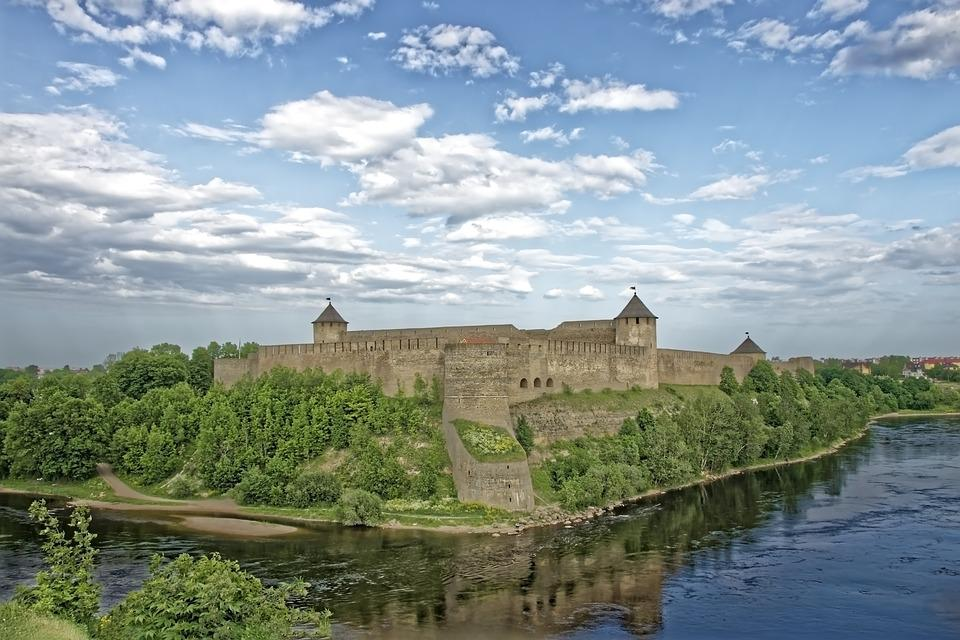Burg, Schloss, Fluss