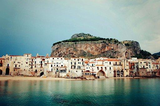 Cefalù, Sicilia, Italia, Architettura