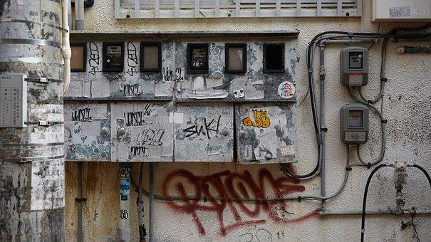 Graffiti, horizonte, cabo elétrico, arte