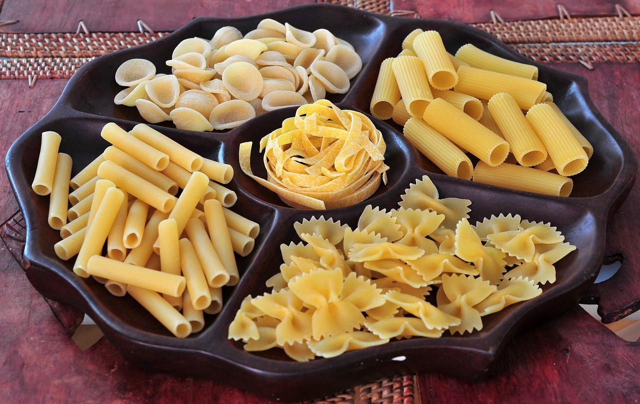 любой фото макароны и свечами которых изображены