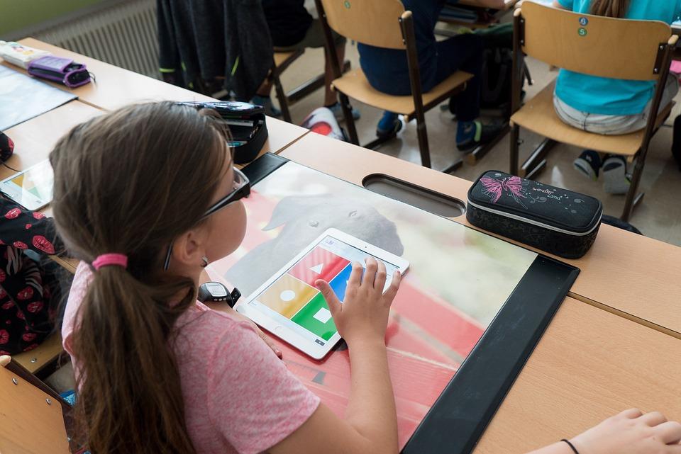 Hvordan børn lærer - digital dannelse og digital læring i fremtiden. Tendenser i fremtiden.