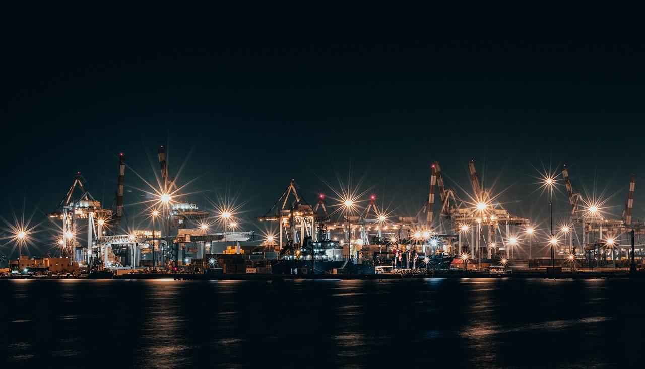 южный порт фото ночью уедем