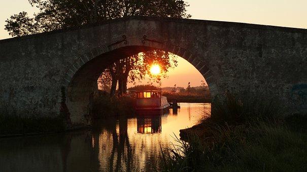 Lever Du Soleil, Pont, Canal Du Midi