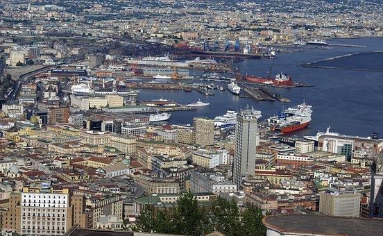Napoli, Porto, Cantieri Navali