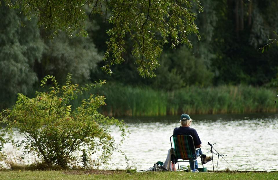 Pescador, pesca, entediado, tédio, cadeira, idoso