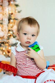 宝宝一颗一颗长牙正常吗,宝宝长牙的信号你知道吗