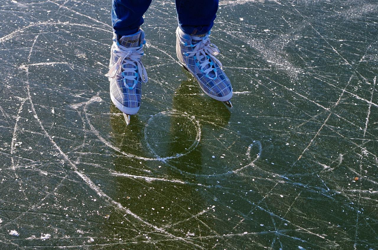 Ilustrasi wisata ice skating