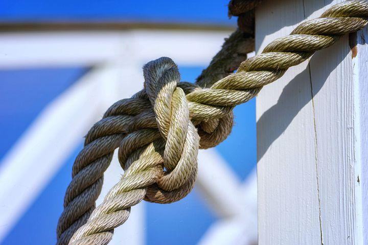 Картинка веревка с узелками
