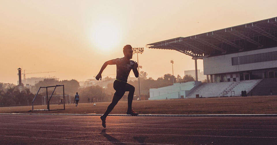 運動選手, スポーツ, スタジアム, 実行している, トラック, フィールド, 勤勉な, 情熱, スタミナ