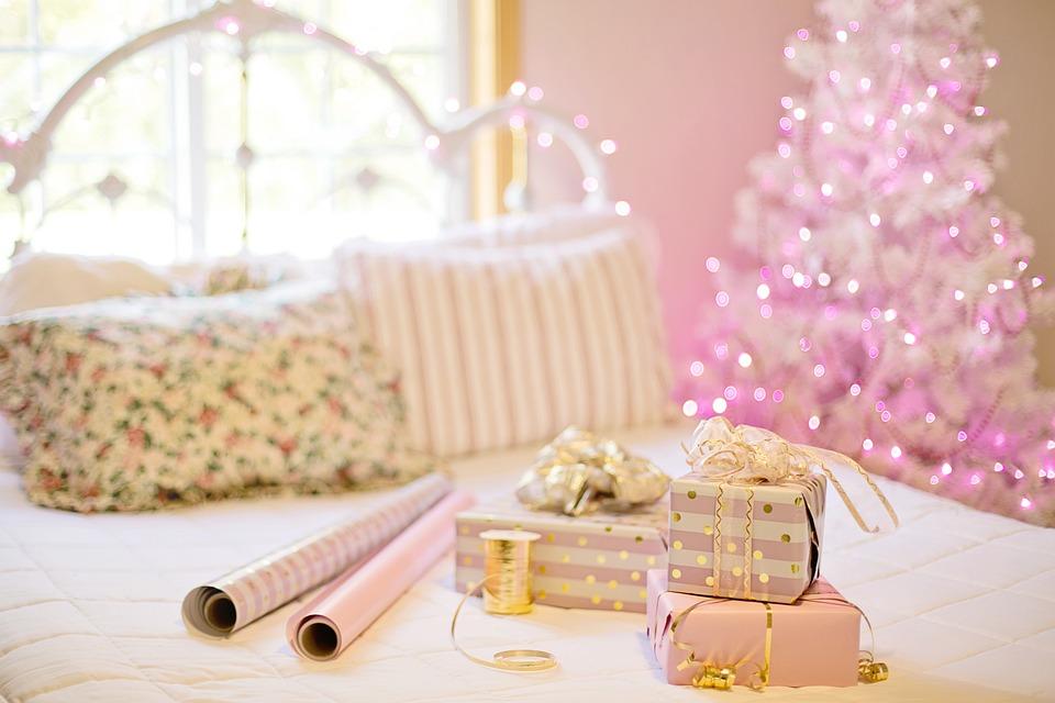 クリスマス, ピンク, プレゼント, クリスマスツリー, 寝室, 装飾, 家, 居心地の良い