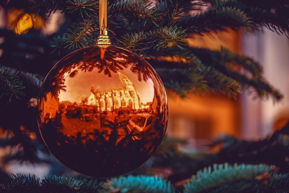 Weihnachtskugel, Reflexionen, Freiburger Münster