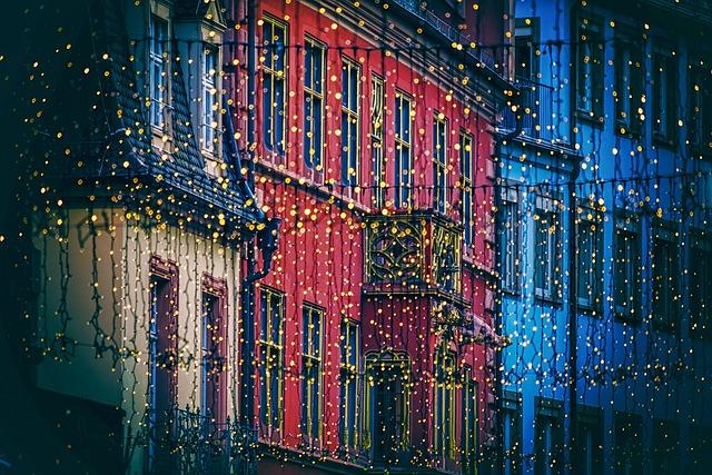 Lichterkette, クリスマスの装飾, 照明, ライト, 電球, フライブルク, 通り, 点灯, 出現