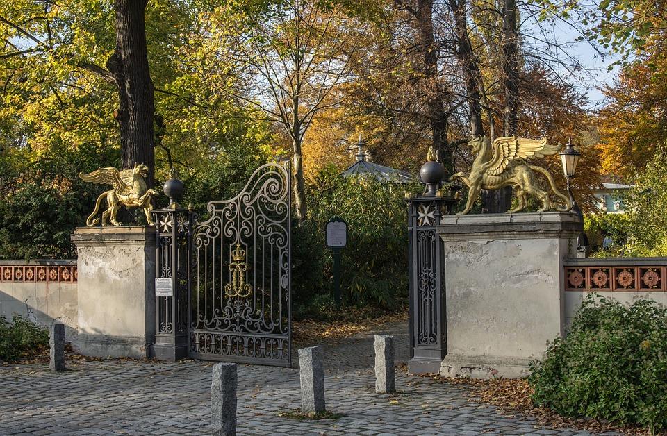 Toreinfahrt Zaun Einfahrt Kostenloses Foto Auf Pixabay