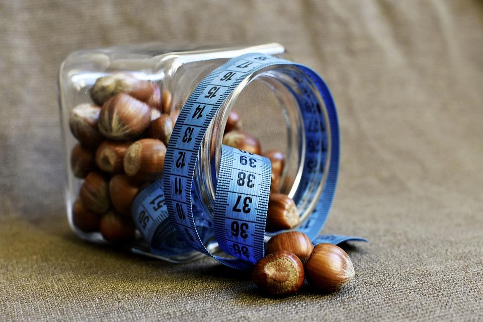 ヘーゼルナッツ, 測定, 重量の損失, ゲイン量, ビタミン, 健康食品, フィットネス, 痩身, 栄養