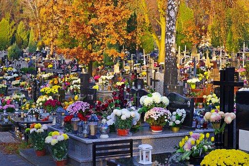 Autumn, The Feast Of The Dead, Cemetery