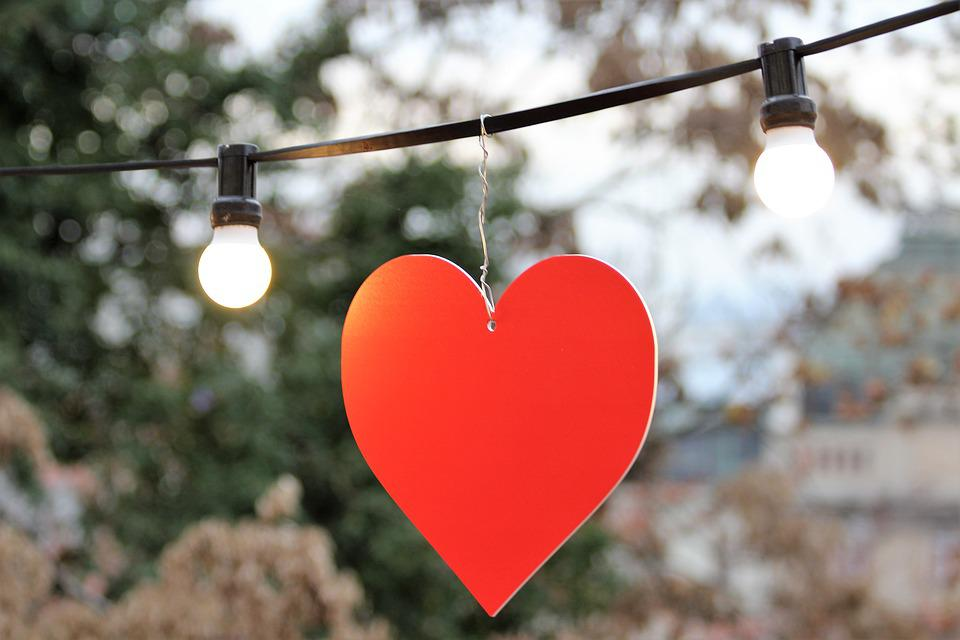 Rood Licht Lamp : Rood hart wit licht lamp decoratie gratis foto op pixabay