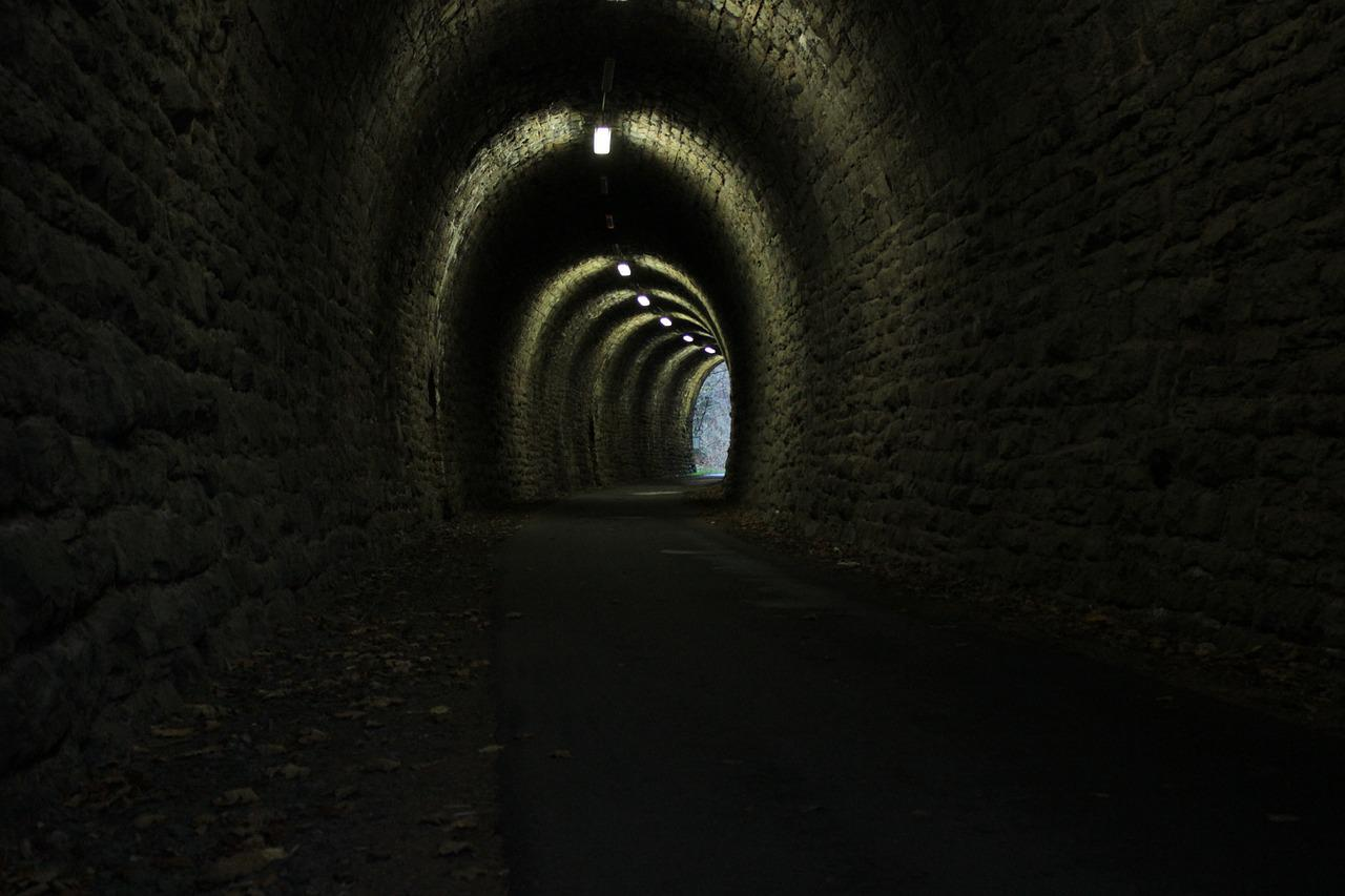 сварить темные туннели картинки учеников шамиля