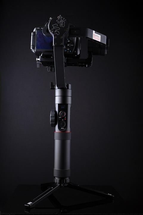 【スマホやデジカメ・GoPro向け】スタビライザーのおすすめ人気12選のサムネイル画像