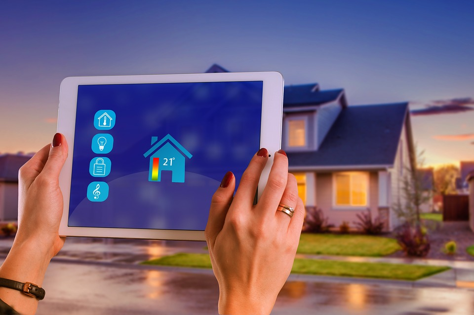 Smart Home, House, Technology, Multimedia, Tablet