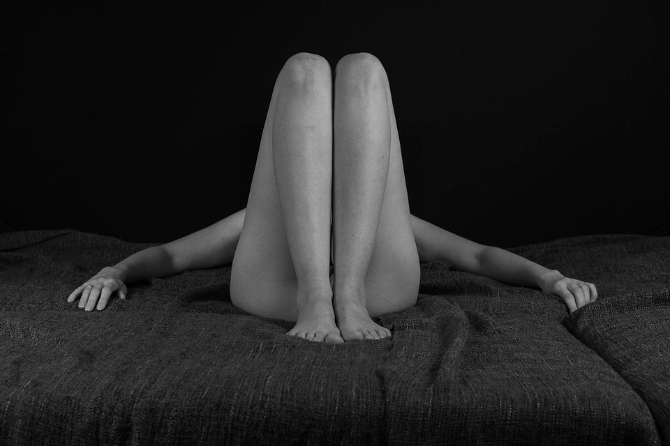 ελεύθερα γυμνό μαύρο κορίτσι φωτογραφίες ωραίο μεγάλο πουλί φωτογραφίες