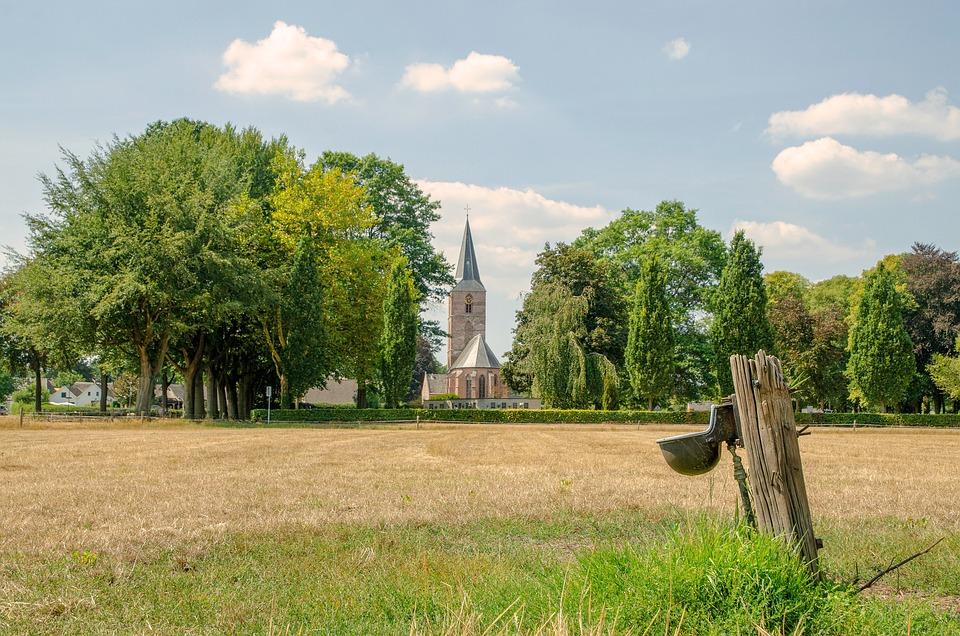 92+ Gambar Pemandangan Gereja HD