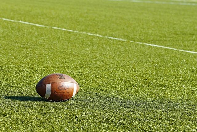 Amerikai Futball Labda Területén · Ingyenes fotó a Pixabay-en c7a181078d