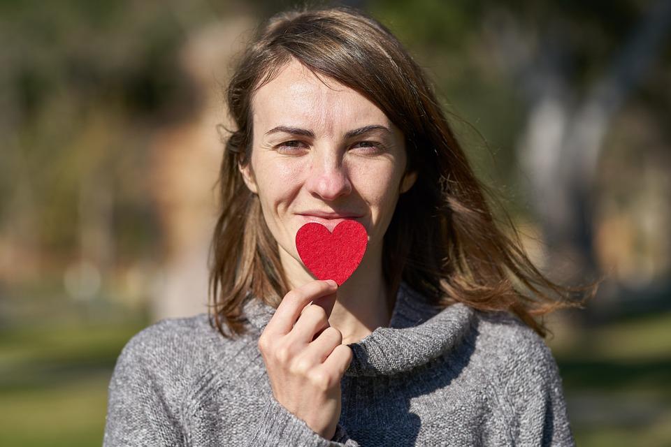Стоит ли говорить мужчине о своих чувствах способы признаний в любви и советы психолога