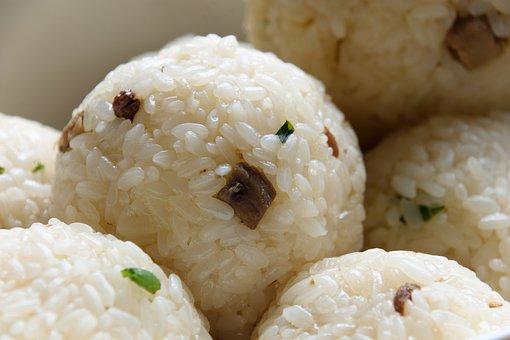 おにぎり, 伝統的です, 米コロッケ, 焼, 肉粒Chives, 栄養