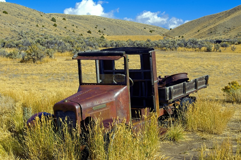 Abandoned Old International Truck, Rusted, Vintage, Old