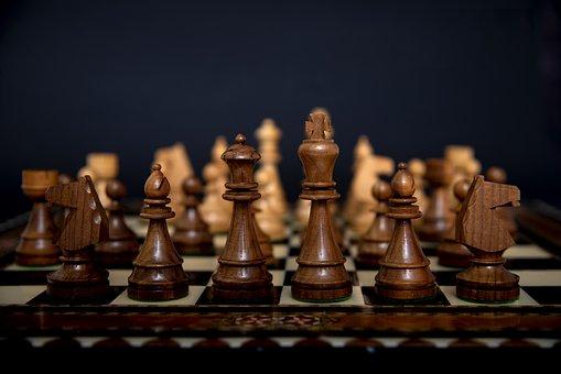 チェス, ボード ゲーム, チェスの駒, 戦略, 王, クイーン, ビショップ