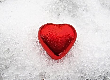 Heart, Snow, Red Heart, Eiskristalle,124 Free images of Chocolate Day Related Images: Chocolate Love Heart  Valentine's Day  Candy  Hot Chocolate  Romantic  Romance  Valentine  Sweet