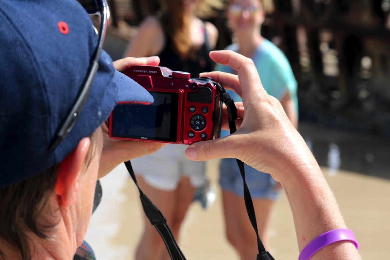 Как снять фото с веб камеры мяча производится