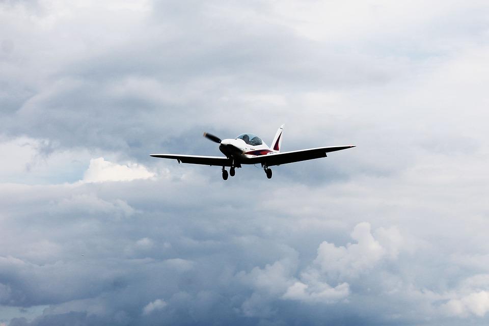 Pesawat Awan Langit Tiket Foto Gratis Di Pixabay