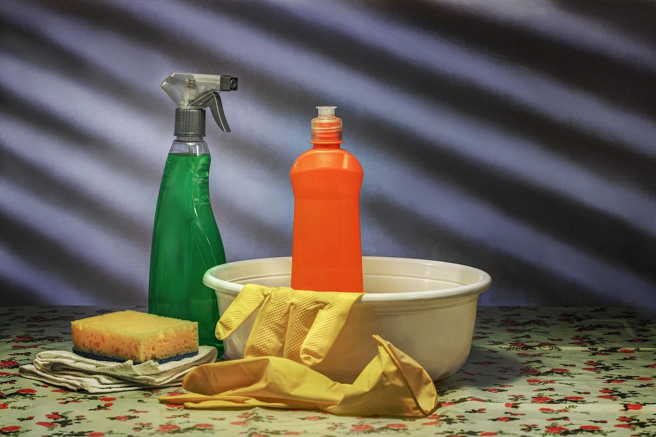 Best DIY Household Cleaners