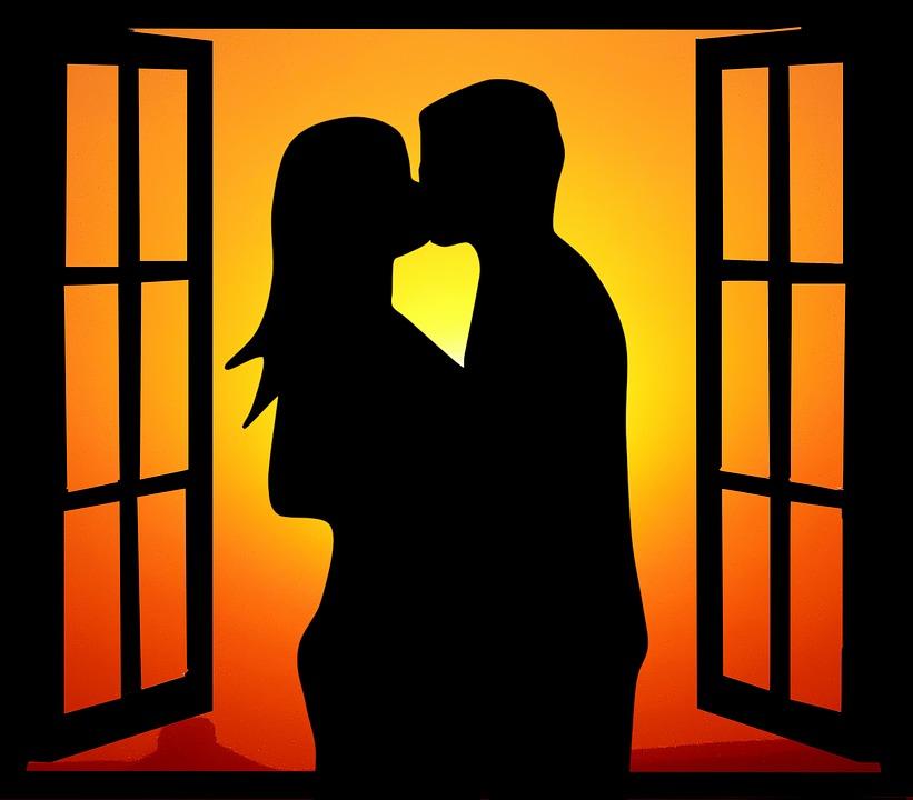 Η αληθινή αγάπη περιμένει να κοιτάξει τα ραντεβού και να κάνει παρέα